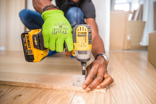 The top reasons for you to hire a professional handyman today