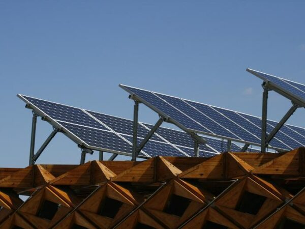 Best Reasons Why You Should Go Solar